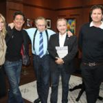 Larry King talk UFOs with James Fox, Tom DeLonge and Michael Shermer
